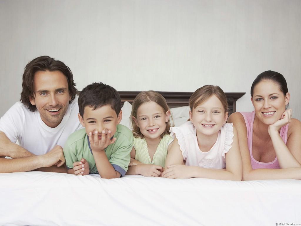 快乐家庭生活图片 幸福家庭专属壁纸 高清图片