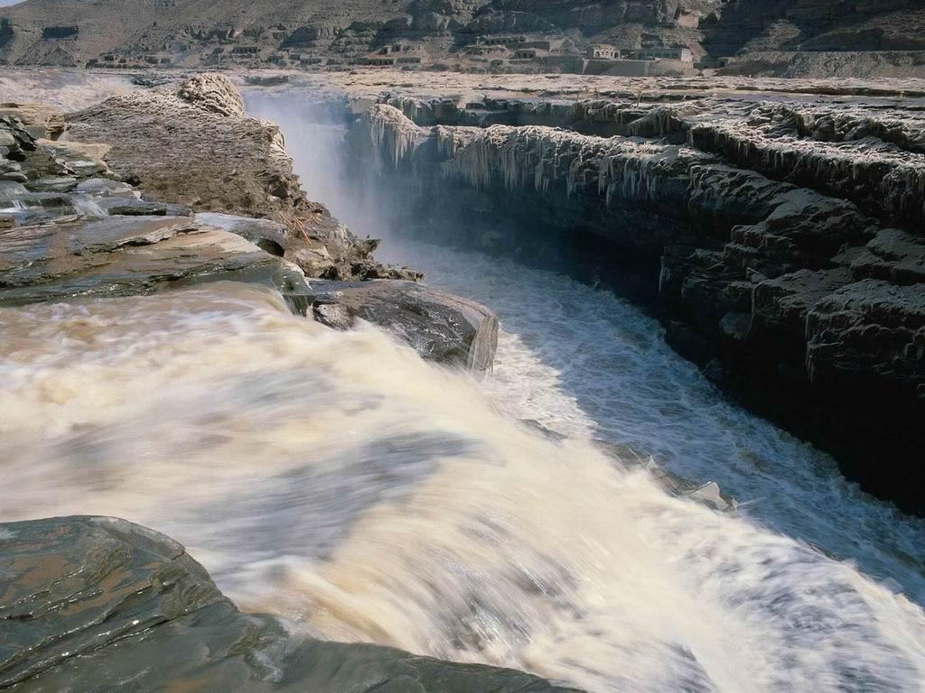 壁纸1024 215 768静静的流淌 江河壁纸 静静的流淌 江河壁纸图片 风景壁纸 风景图片素材 桌面壁纸