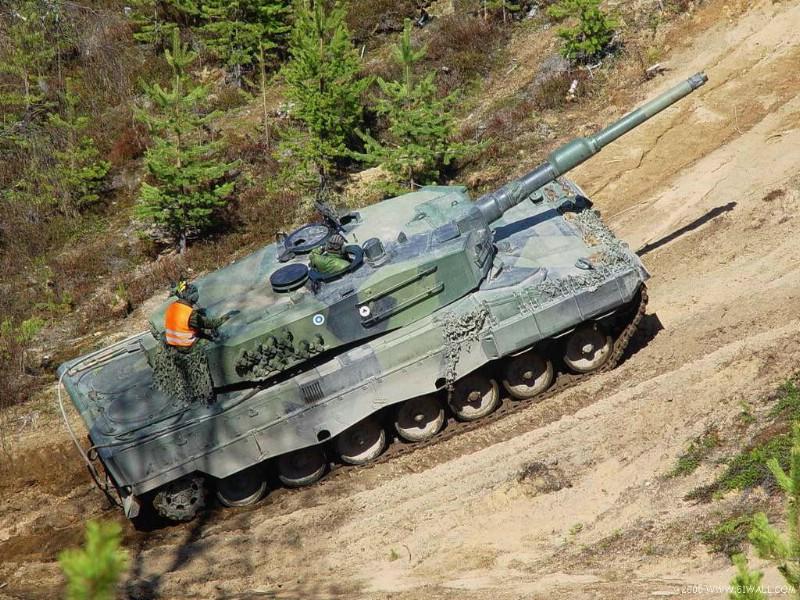 壁纸800×600面向21世纪的豹2A5和豹2A6型壁纸 面向21世纪的豹2A5和豹2A6型壁纸图片军事壁纸军事图片素材桌面壁纸