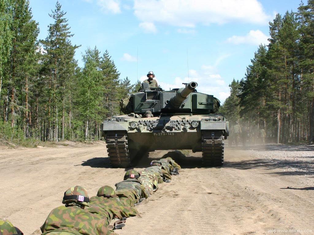 壁纸1024×768面向21世纪的豹2A5和豹2A6型壁纸 面向21世纪的豹2A5和豹2A6型壁纸图片军事壁纸军事图片素材桌面壁纸