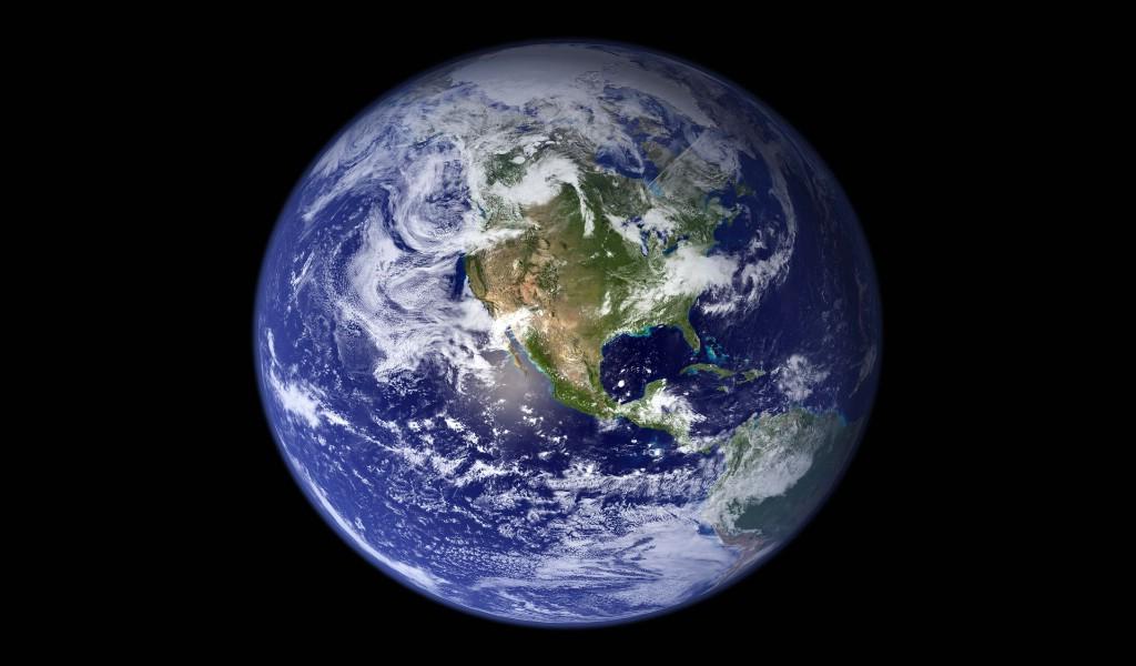 高清地球壁纸2013遗忘离开地球表面高科技地球合成图片桌面壁纸 风景