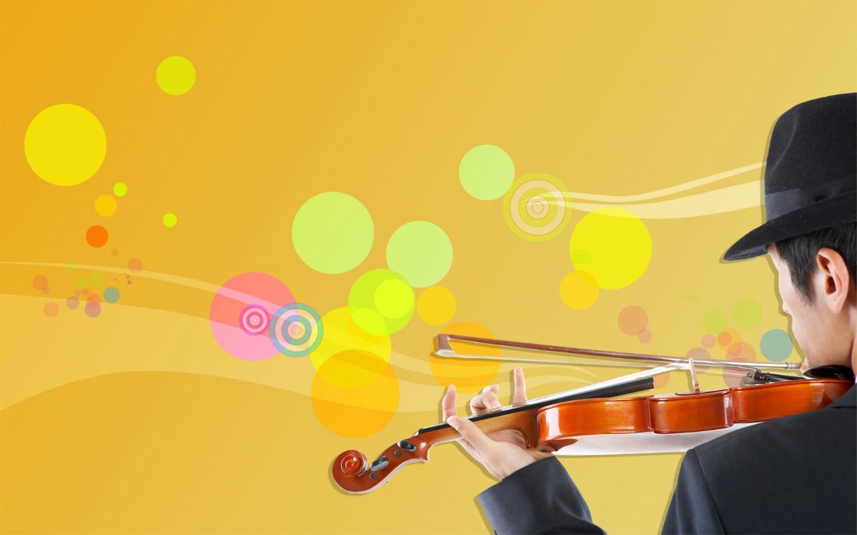 拉小提琴的男人图片